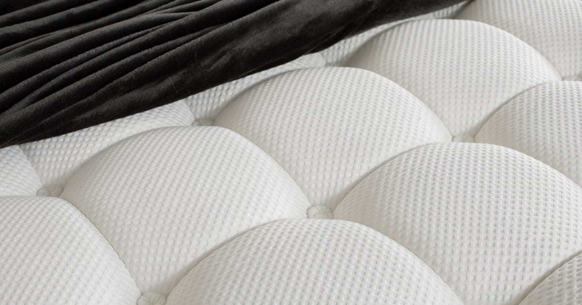 Hybrid Mattress Which Delivers Superior Support For Side