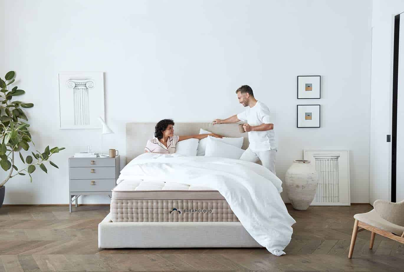 6 Things You Need For The Bedroom the Ultimate Romantic Makeover