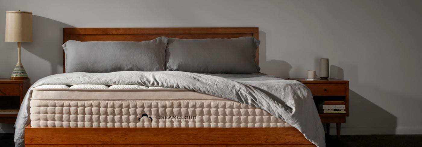 Stearns And Foster Reviews >> Stearns Foster Mattress Reviews Dreamcloud Vs Stearns