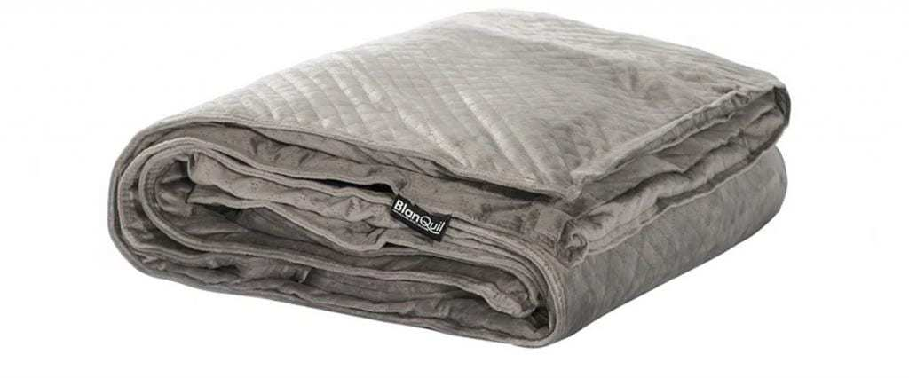 how heavy should a weighted blanket be